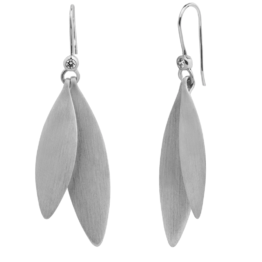 By Biehl Olive ørehængere i sølv. Lille blad: 30mm Stor blad: 40mm