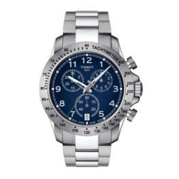 Tissot - V8 Quartz Chronograph – Urets vandtæthed 10ATM / 100 meter. Uret har safir glas, stålurkasse, stål lænke og blå urskive.