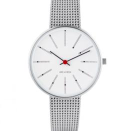 Arne Jacobsen ur – Bankers – Urets vandtæthed 3ATM / 30 meter. Uret har hærdet mineralglas, stålurkasse, mesh lænke og hvid urskive. 34mm