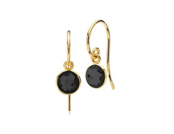Izabel Camille øreringe i 18kt forgyldt sølv, med sort onyx. *Prima Donna serien